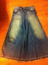 Long jean skirt size 9 (new) in Camp Pendleton, California