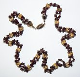 J99 Gold-tone & Deep Burgundy Stones Necklace in Ramstein, Germany