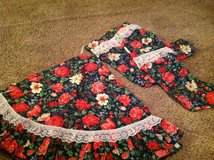 Tree skirt and stocking set in Clarksville, Tennessee