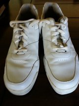 MEN'S LEATHER ROCKPORT SIZE 9M in 29 Palms, California